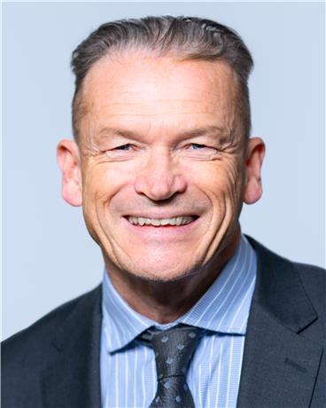 Prof Andrew McEvoy photo